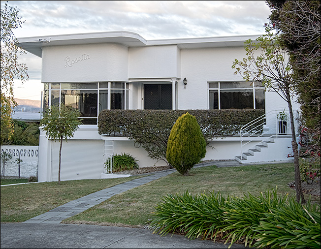 Rosetta is a lovely Art Deco home on the edge of West Launceston or is it Prospect
