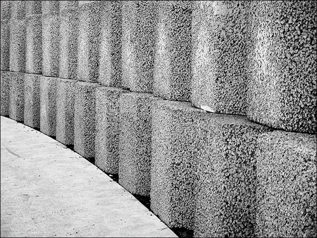 A retaining wall at Tailrace park